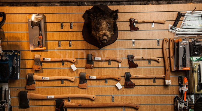 the-bushcraft-store-axe-wall